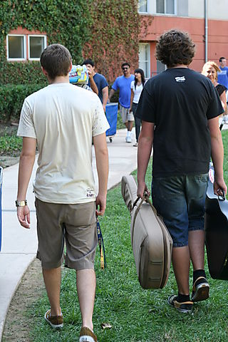 RETREAT n UCR MOVE in Day 036